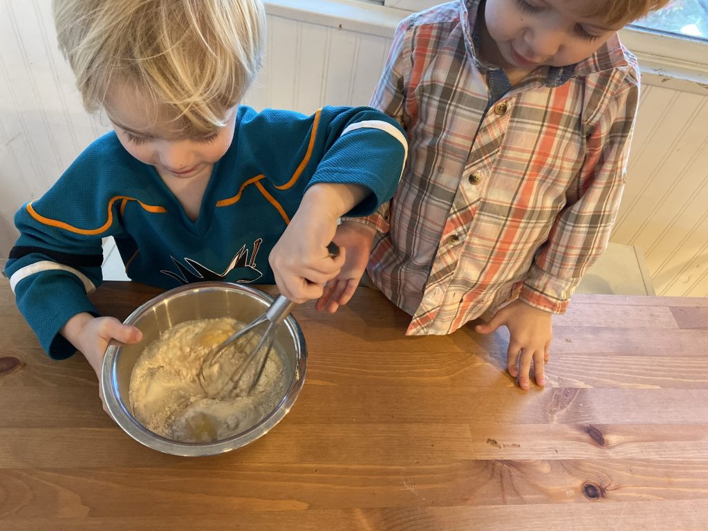 Muffin Tin Dutch Babies - Twin Mom Refreshed